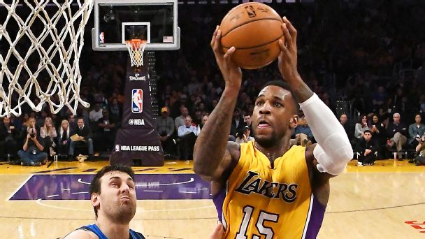 Atlanta Hawks sign Thomas Robinson