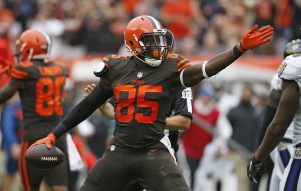 Going Against The Grain- Fantasy Football's Aww's And Naw's For Week 13